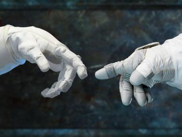 robonaut-and-a-spacesuit-gloved-hand